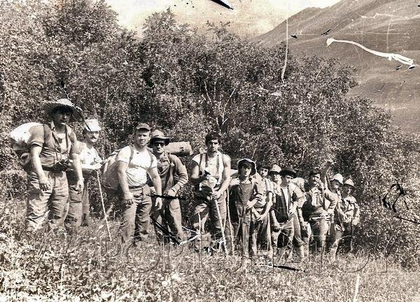 Группа на марше